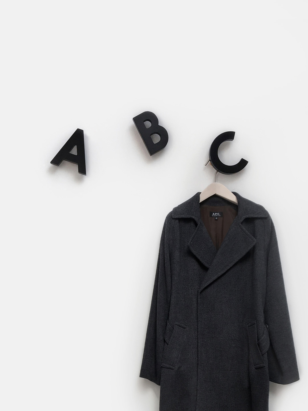 Alphabet Soup Wall hooks – ABC (Black)